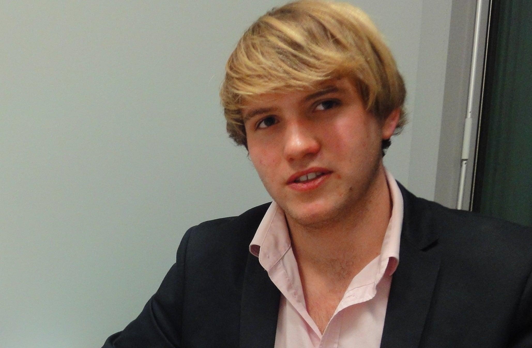 Olivier Garrecht, lycéen de 17 ans, aspirant appliqué de l'armée Le Pen