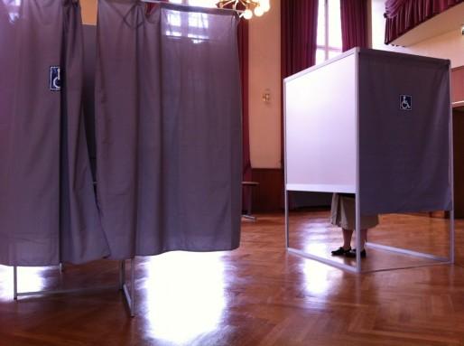 Des bureaux de vote lors de l'élection présidentielle de mai 2012 (Photo PF / Rue89 Strasbourg / cc)