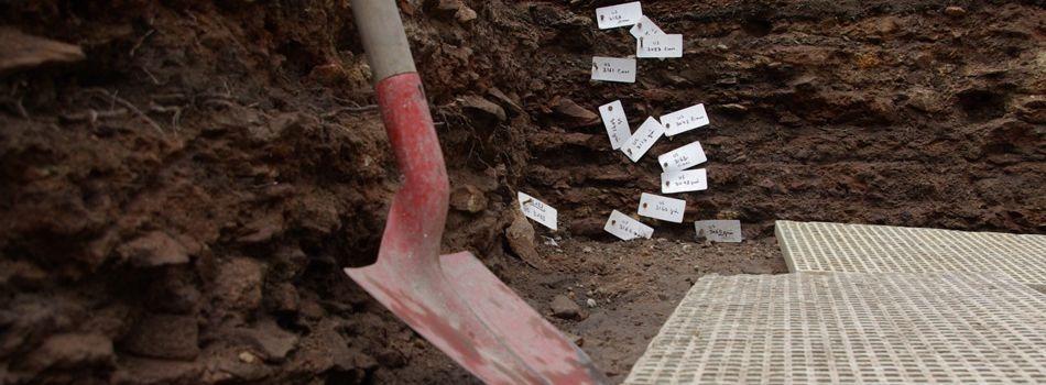 Les fouilles archéologiques enfin dévoilées place du Château