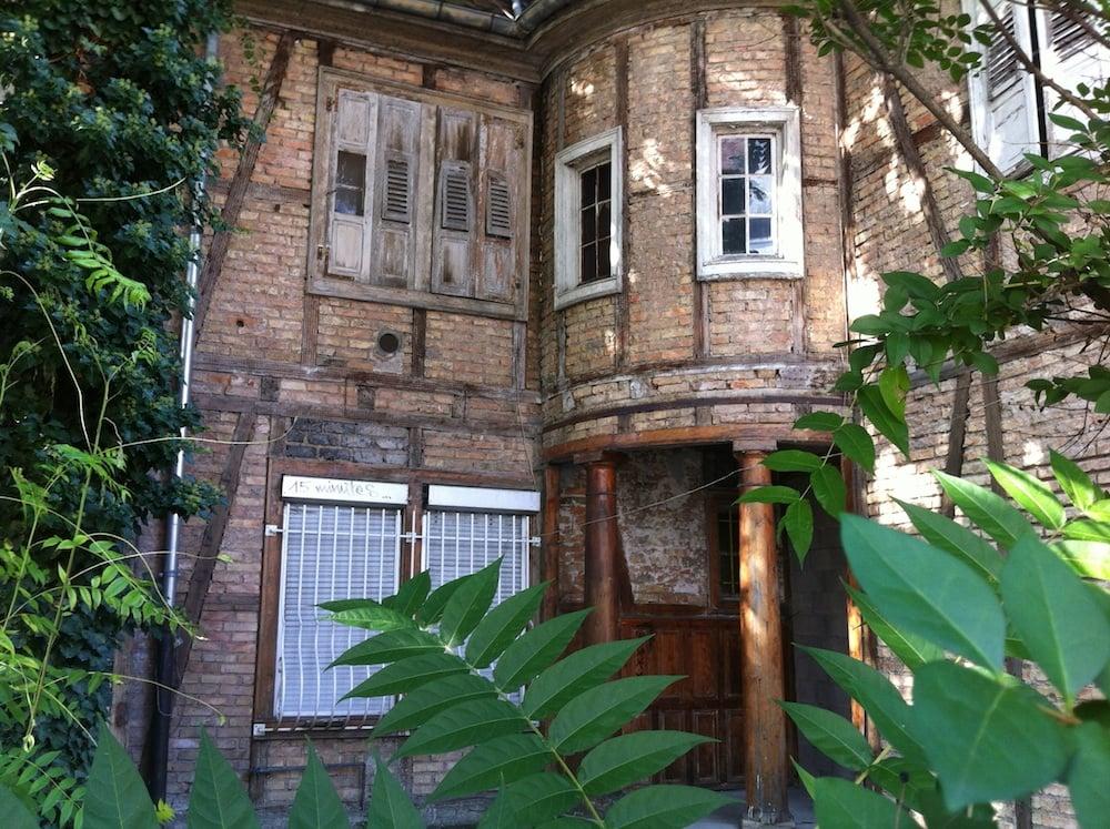 Fronts de Neudorf : la Maison de l'Aran condamnée