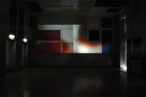 """Vue de l'installation de Laurent Berger: """"Un peu de solitude dans la salle des fêtes"""". © Laurent Berger"""