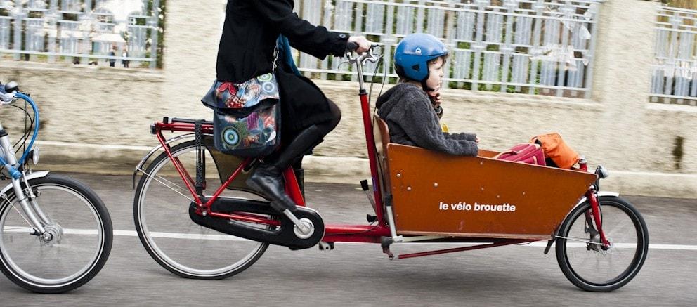 v lo cargo la nouvelle star des pistes cyclables strasbourg rue89 strasbourg. Black Bedroom Furniture Sets. Home Design Ideas