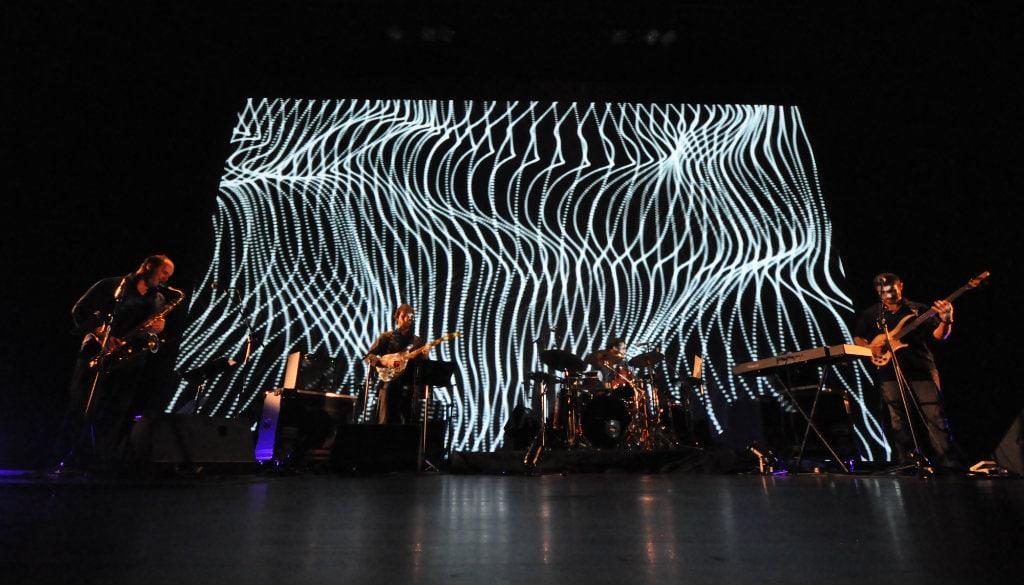 OZMA, du jazz, des vidéos et de la 3D au Hall des Chars