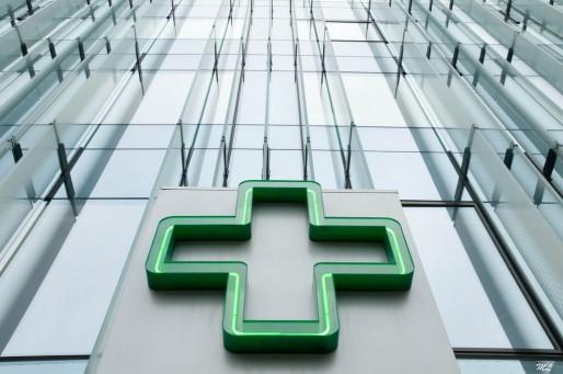 Pharmacie à La Défense à Paris (Photo Marc Lagneau / FlickR / CC)