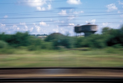 Philippe Lepeut, Image, vite (Paris-Sélestat), 1999. Tirage : 1/3. Impression jet d'encre sur papier contrecollé sur alucobon. 125 x 195 cm. Collection: Frac Alsace. © + photo: Philippe Lepeut.