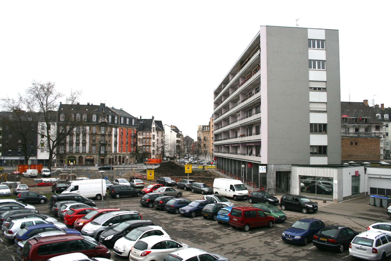 Voitures d log es et zosios en bande son on r le neudorf rue89 strasbourg - Garage strasbourg neudorf ...
