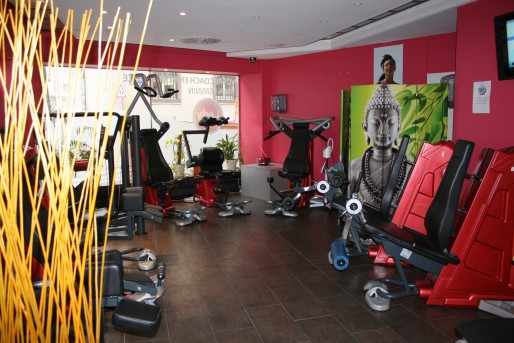 salle de sport pour femme 33. Black Bedroom Furniture Sets. Home Design Ideas