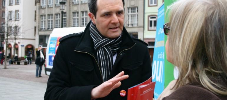 Le candidat UMP propose une motion sur le non-cumul dès 2014