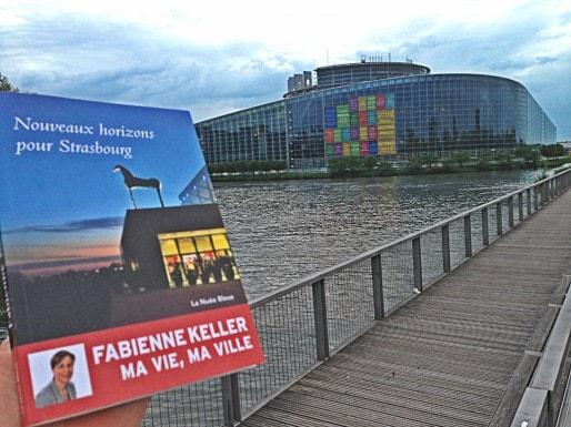Fabienne Keller avance quelques idées nouvelles pour le Parlement européen de Strasbourg dans son livre. Auront-elles un lendemain ? (Photo JFG / Au Café de l'Europe)