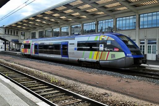 Un TER Alsace en gare de Mulhouse (Photo philstephenrichards / FlickR / CC)