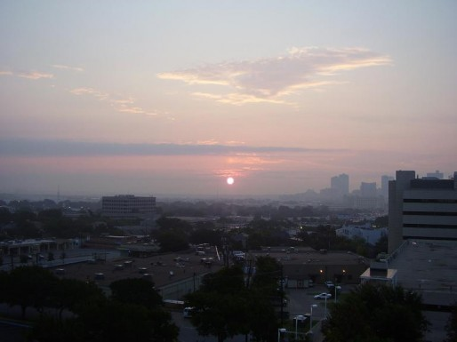 Ozone Alert (Photo AuntLaura / FlickR / CC)