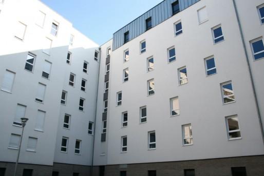 Résidence étudiante au Bruckhof, côté cours rue de Bucarest (Photo MM / Rue89 Strasbourg)