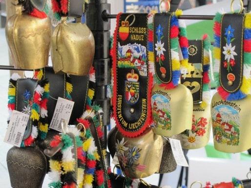 vaduz souvenirs (cloches)