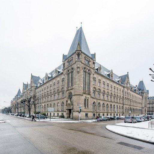 L'Hôtel des Postes dans le quartier de la Neustadt (Photo Flickr / Poste Immo / CC)