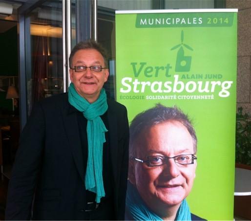 Alain Jund a lancé sa campagne des municipales à l'Art Café, le 17 septembre 2013 (Photo MM / Rue89 Strasbourg)