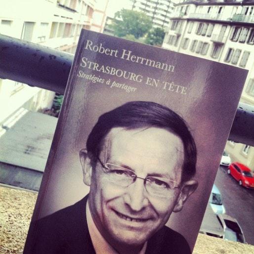 Le livre de Robert Herrmann sort en librairie le 16 septembre (Photo MM / Rue89 Strasbourg)