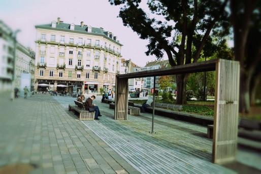 Et si, au final, il manquait de vert place Austerlitz ? (Photo AB / Rue89 Strasbourg