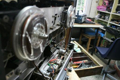 Chez Télévision et Technique, Michel Barkate répare aussi de la hi-fi (Photo MM / Rue89 Strasbourg)