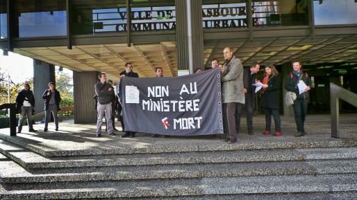 Les inspecteurs du travail n'ont pas été entendus par leur ministre lundi, à l'occasion de son passage à Strasbourg (Photo PF / Rue89 Strasbourg / cc)