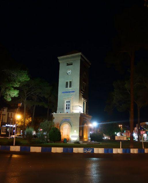 Tour à Yazd, symbolisant le centre exact de l'Iran (photo Pierre Augé / Rue89 Strasbourg)