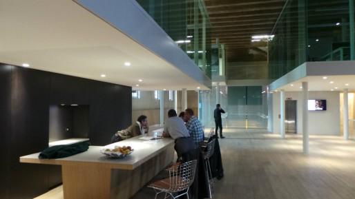 Les start-up disposent d'un espace de travail futuriste et calme où tout est prévu pour elles.