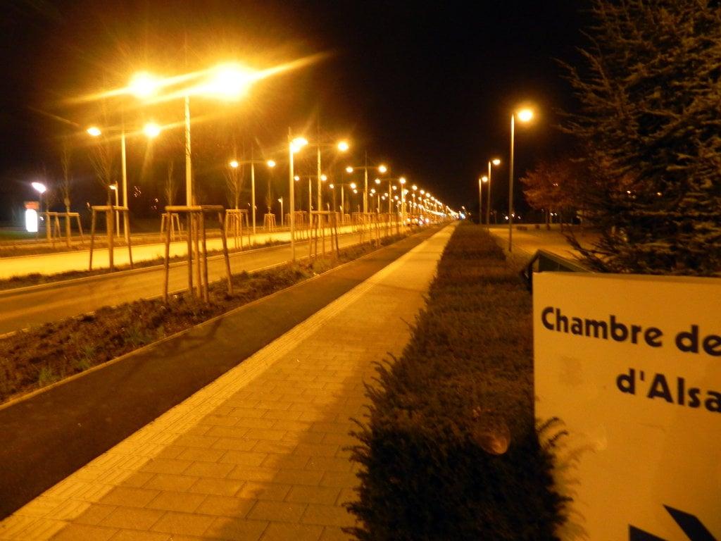 Boulevard De L Europe Ces 100 Lampadaires Pour Pas Un Chat