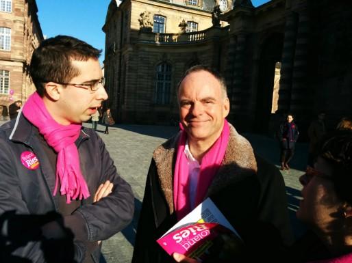 """Patrick Roger (au centre), entrepreneur """"social"""", en 19e position (Photo PF / Rue89 Strasbourg / cc)"""