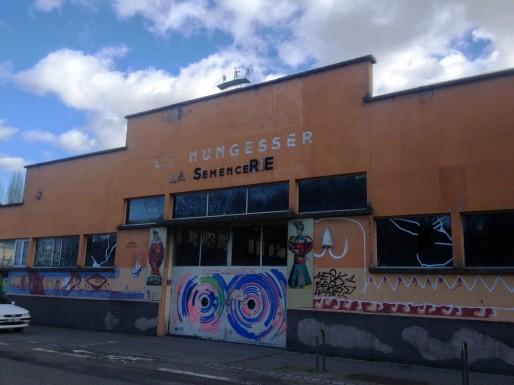 Un quartier où les artistes aiment créer, comme ici à la Semencerie (R. Fausser)