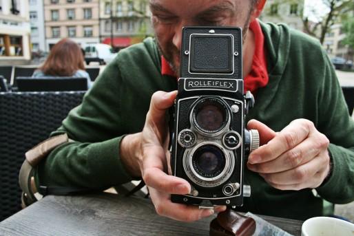 Les boîtiers photo argentique, vendus d'occasion ou récupérés dans un vieux sac photo... (Photo MM / Rue89 Strasbourg)