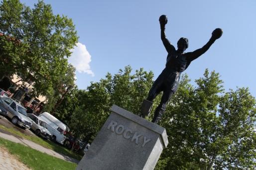 Rocky en pleine Serbie... un nouveau genre de mémorial (Photo BC / Rue89 Strasbourg)