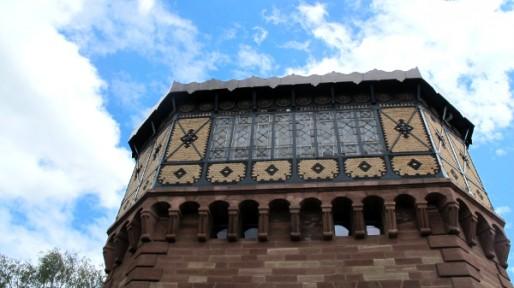 Le Musée vodou de Strasbourg est situé dans un château d'eau classé aux monuments historiques.
