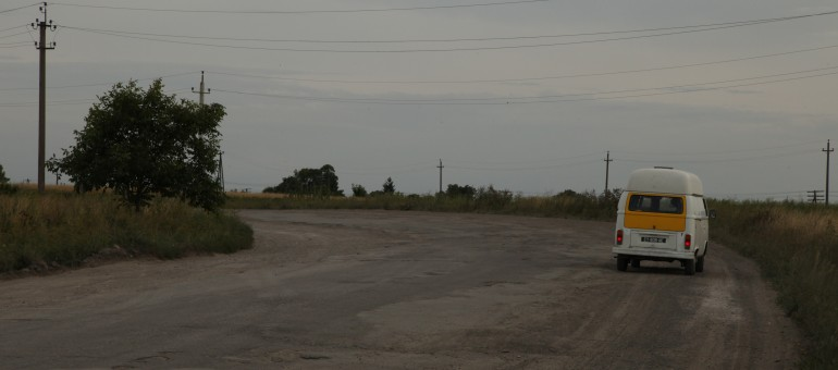 Boîte de vitesse bloquée : le Bulli patiente à Lviv