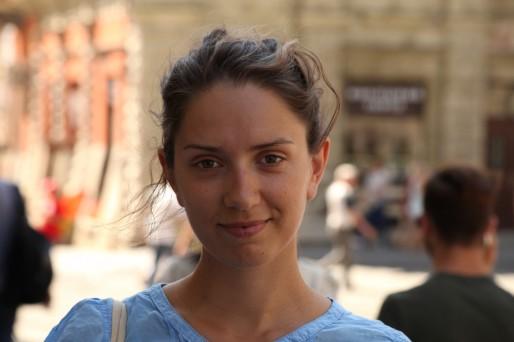 """Oksana Sikorska participe tous les étés à de nombreuses """"Summer school"""" pour améliorer ses connaissances en yiddish. A la rentrée, elle organisera de petits ateliers linguistiques pour faire partager sa passion. (Photo Bulli Tour)"""