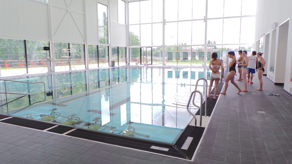 R ouverture de la piscine de la kibitzenau plus lumineuse for Piscine hochfelden