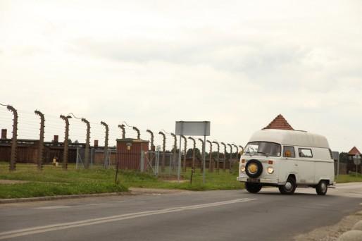 Le Bulli, en reportage sur l'ancien camp d'Auschwitz.
