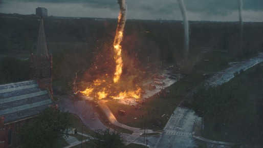 Cyclone + station service = tempête de feu ! (Photo Warner Bros)