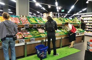D'une enseigne à l'autre, chacun a sa politique vis-à-vis des produits locaux (Photo JFG/ Rue89 Strasbourg)