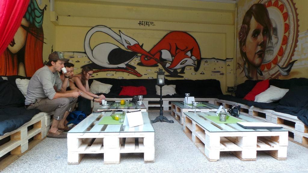 la popartiserie nouveau qg de l 39 art urbain strasbourg. Black Bedroom Furniture Sets. Home Design Ideas
