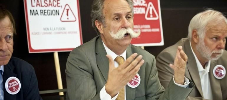La majorité de Philippe Richert accusée de conflit d'intérêts autour de Bernard Stalter