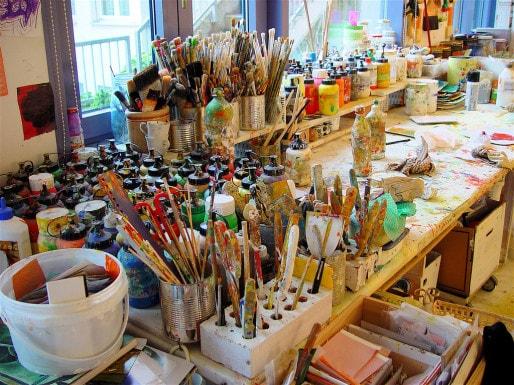 Lors des expositions, les coûts de matériel sont rarement défrayés. (Hellebardius/FlickR/cc)