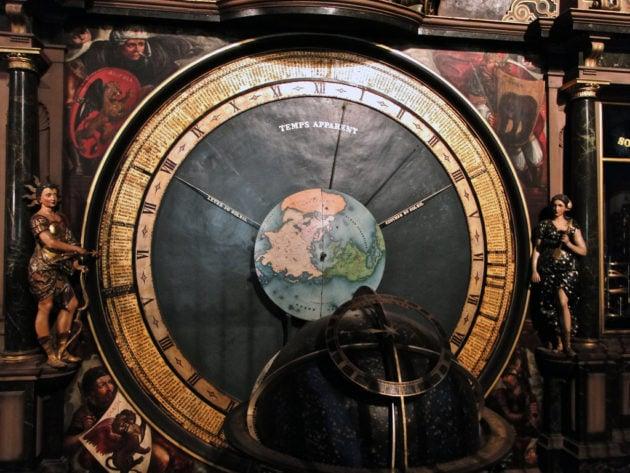L'horloge astronomique a relevé une éclipse de lune en mars 2006. (Alexandre Prévot/FlickR/cc)