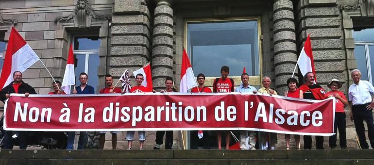 Qui sont les membres de «Unser Land», parti régionaliste alsacien ?