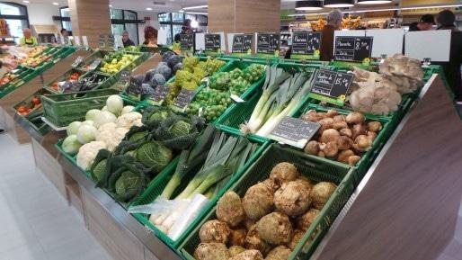 Étale fruits et légumes