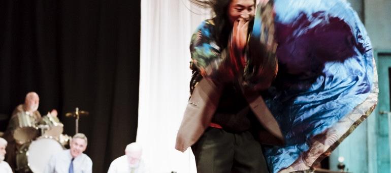 Dans la danse extatique du troisième âge avec Vader au Maillon