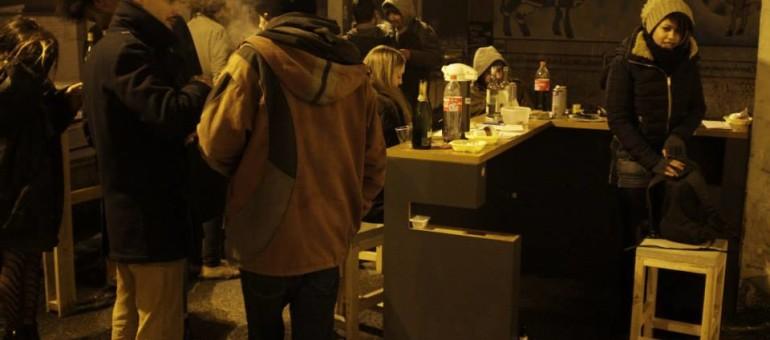 Un sit-in permanent pour la réouverture du Bar-Laiterie