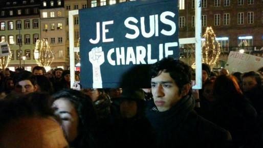 Quelques banderoles de soutien ont été déployées (Photo PF / Rue89 Strasbourg)