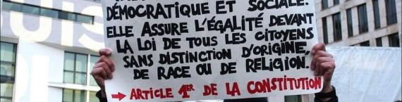 Laïcité, liberté d'expression, démocratie... Des concepts flous dans la tête des jeunes Français. (Photo Sozialfotografie / FlickR / cc)