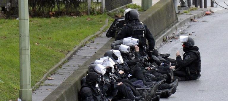 Charlie Hebdo : les trois suspects abattus, des otages tués