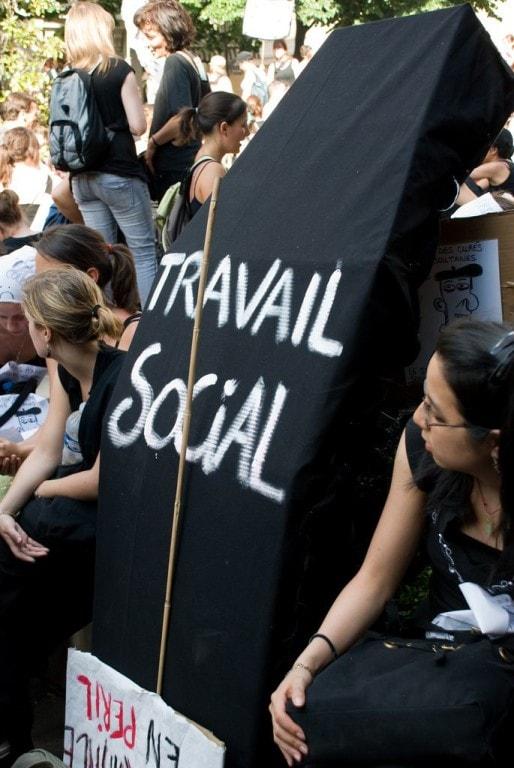 Les travailleurs sociaux n'en sont pas à leur première mobilisation, ici en mai 2008 à Paris (Photo Damien Roué / FlickR / cc)