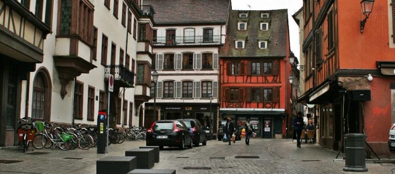 À quoi ressemble la nouvelle place Saint-Etienne